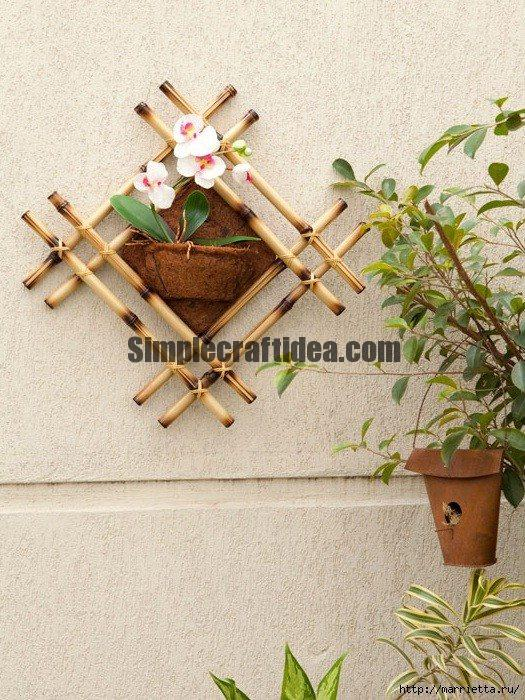 Panels made of bamboo and peat for interior decoration