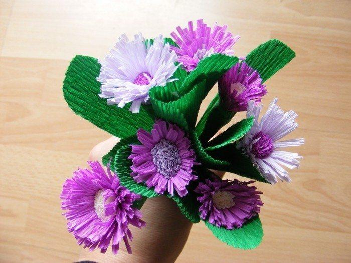 Поделки цветов из гофрированной бумаги для детей