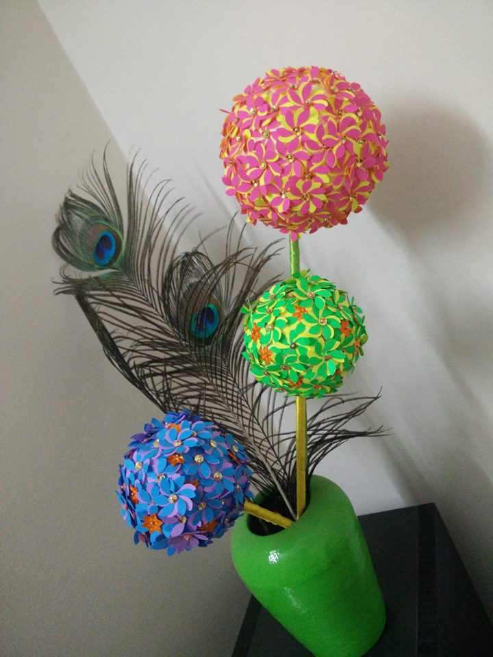 Flower Ball Using Craft Punch Simple Ideas