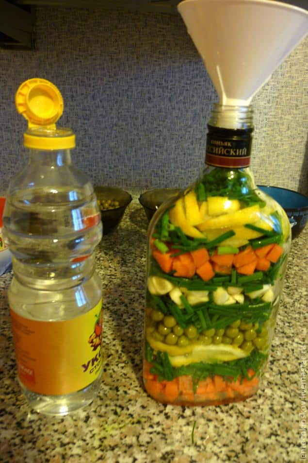 Decorative Bottles With Vegetables Amazing Decorative Bottle With Vegetables For The Kitchen Decor  Simple Design Ideas