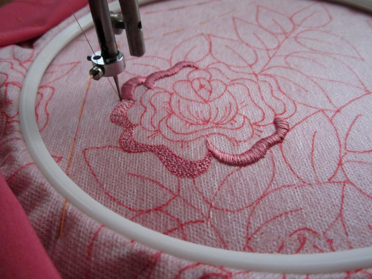 How to embroider the simplest sewing machine - Simple Craft Ideas
