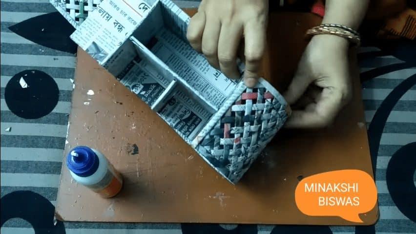 how to make purse using newspaper