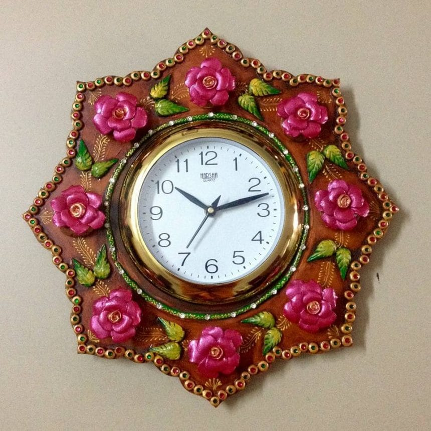 How to make wall clock with paper-mache roses – Simple ...