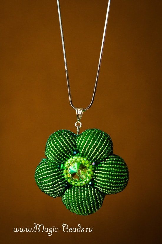 spectacular pendant from techniques of decorative and applied art