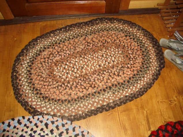 mat of plaits
