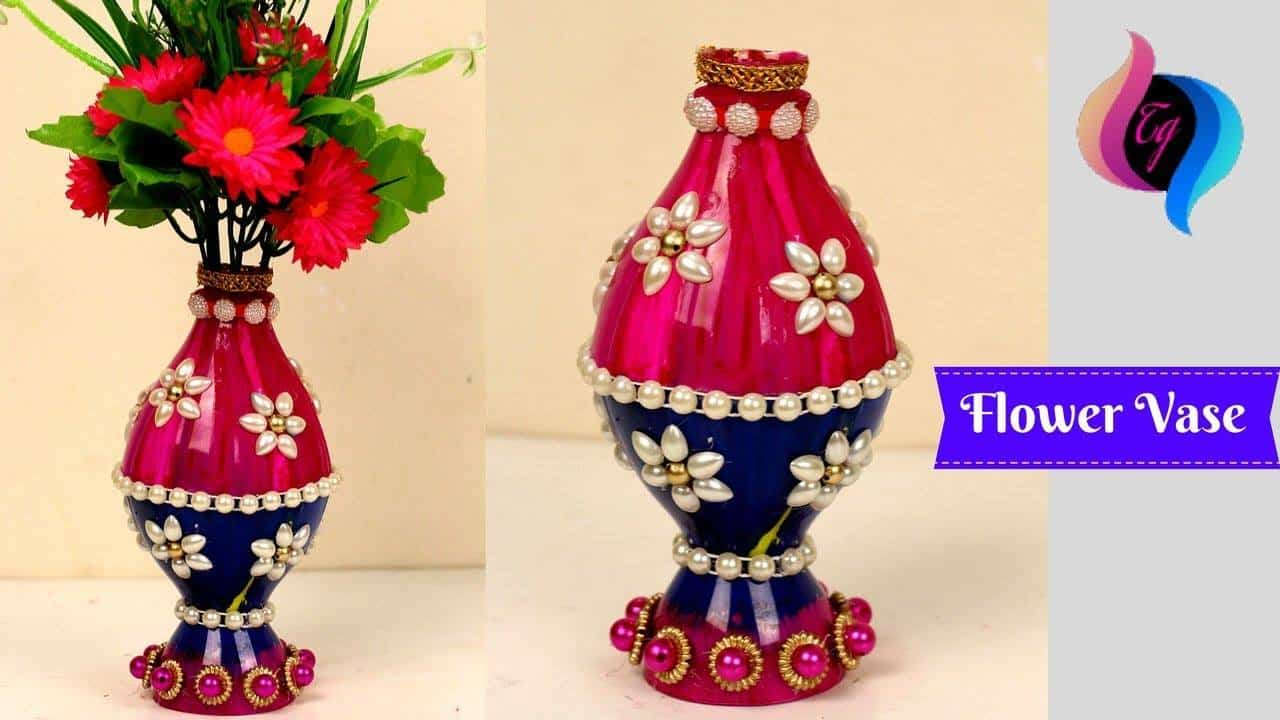 Flower vase made with recycled plastic bottle for Plastic bottle vase craft
