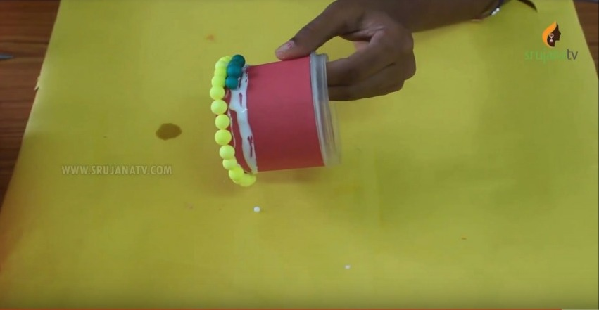 Pen Stand with Thermocol Balls