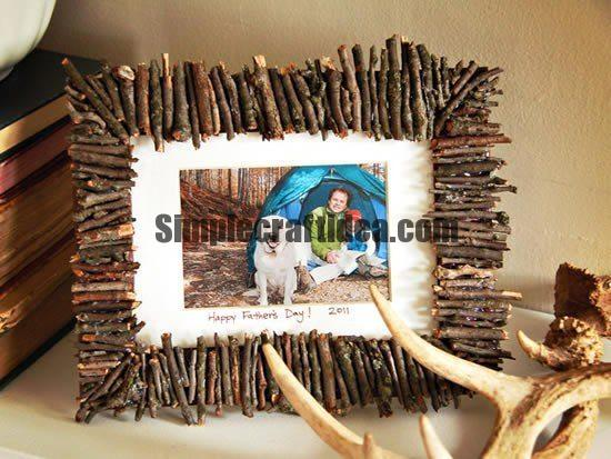 Photo frame of twigs