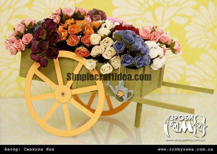 Carriage decorative roses