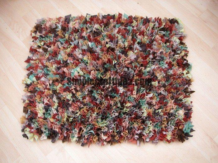 Idea of creating a carpet of old things
