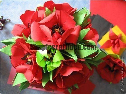 Kusudama poppies made of paper