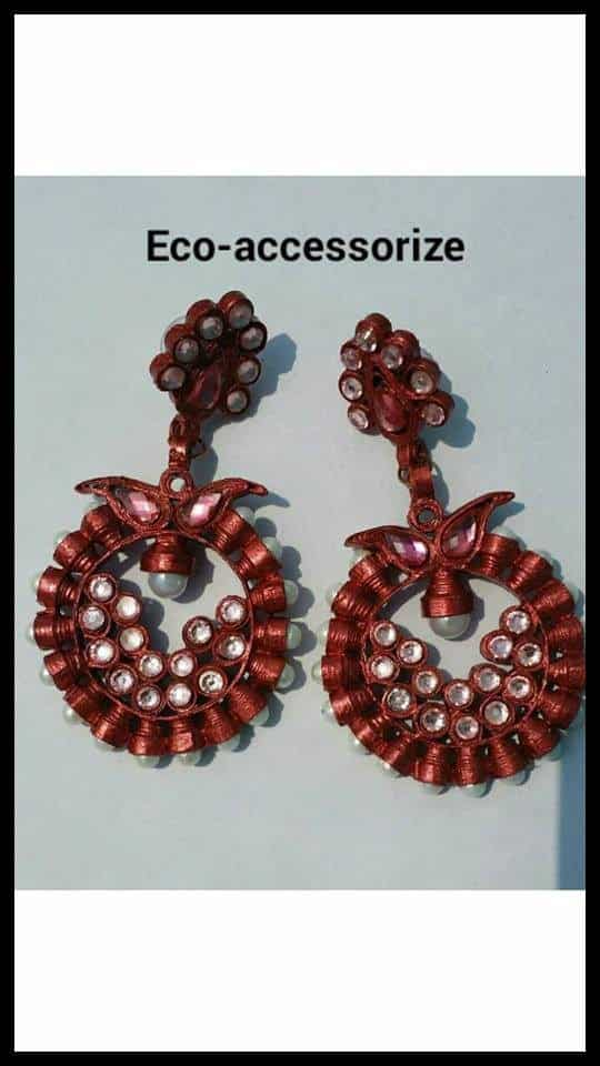 Golden and copper wheels earrings Easy Craft Ideas