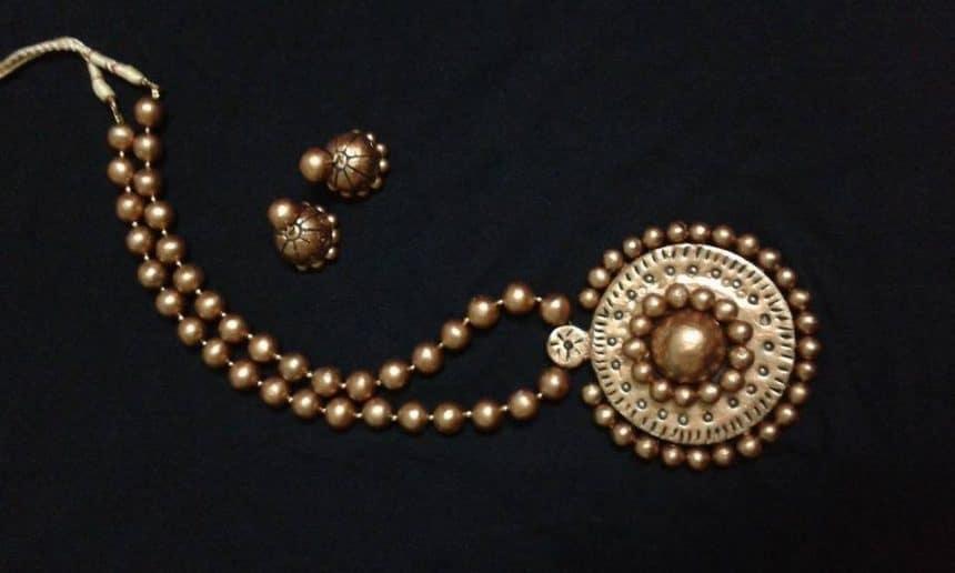 Terracotta Jewellery Making Courtesy Kanimozhi Senthilar