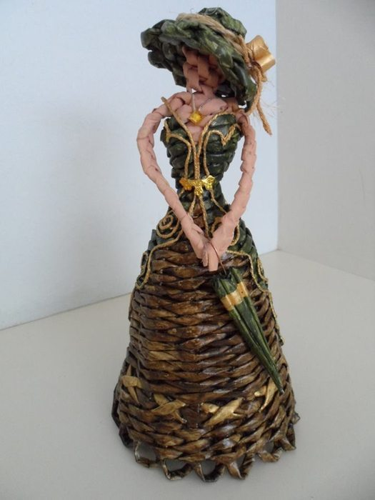 How To Make Newspaper Weaving Doll Simple Craft Ideas