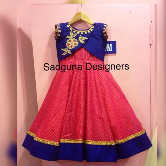 7097723d95 Lehenga is the best Indian traditional outfit for girls.