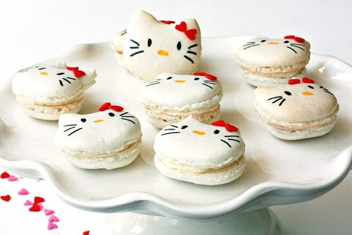 kitty macaroons