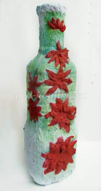 vase with stucco decoration