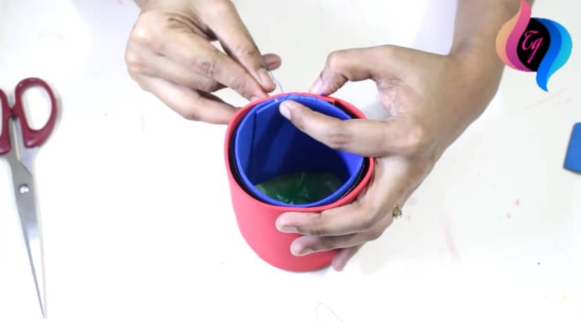 Pen Stand Designs For Kids : How to make pen holder using plastic bottle simple craft
