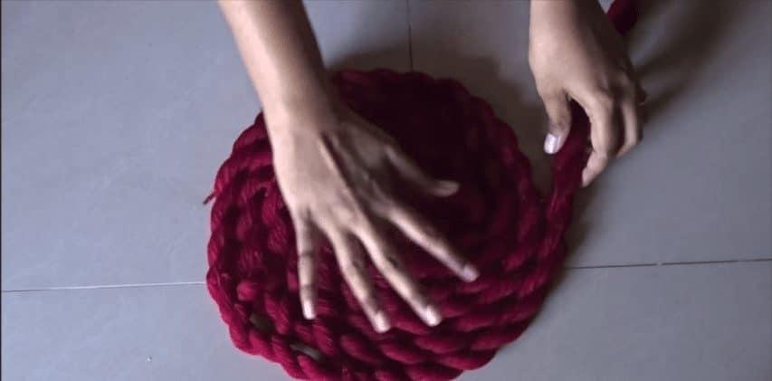 How to make woolen floor mat