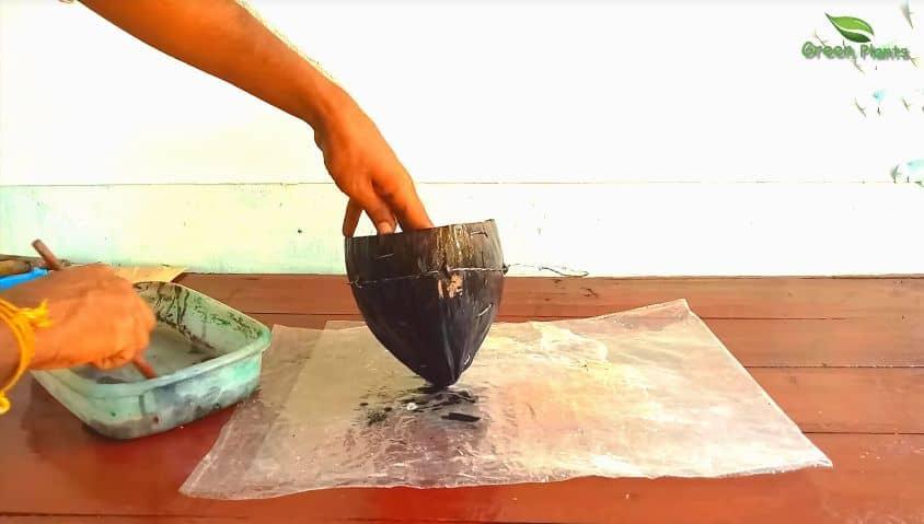 pot from coconut husk