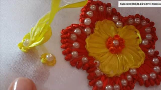 ribbon with pearls flower