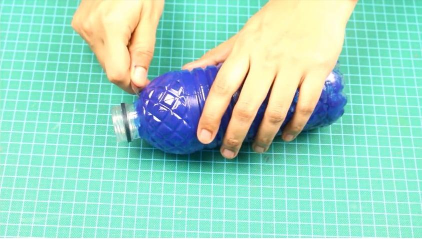 plastic bottle organizer