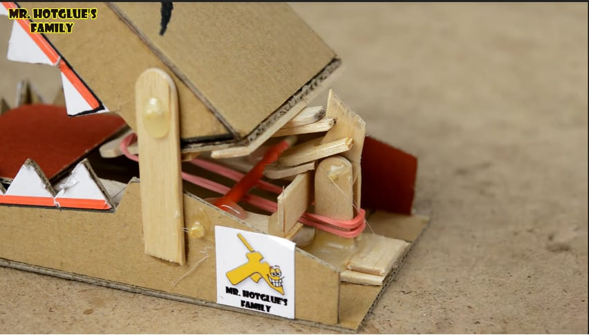 rat trap from cardboard