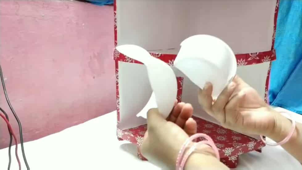 item holder
