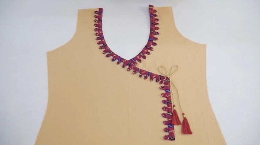 Stylish Neck Design