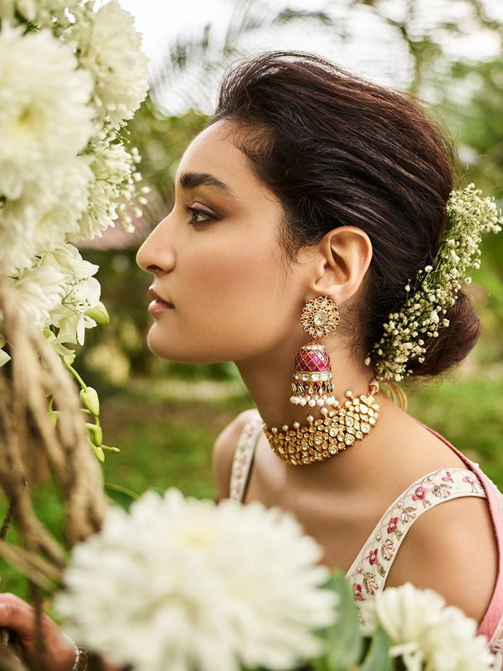 30 Best Indian bridal hairstyles trending this wedding season - Simple Craft Ideas