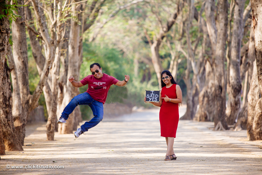 Pre-Wedding Shoot Poses