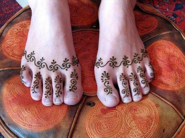 Trendy Punjabi Mehndi Designs Simple Craft Ideas