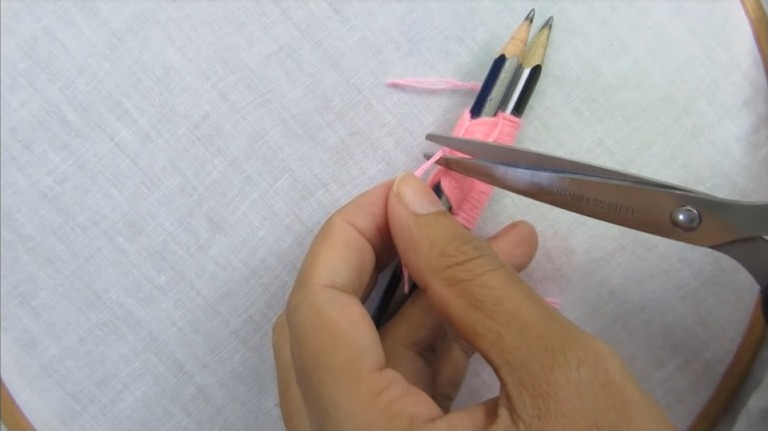 Hand Embroidery Trick