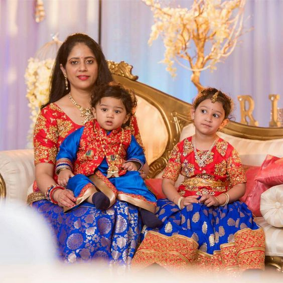 b44f478806 This article can hopefully bridge the gap between mama and girl and build  them a lot of alert to the idea of mother and girl same dress.