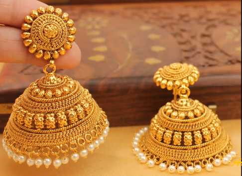 c9c9e0c88 Temple design in jhumkas is in many more designs, so that you can make more  payments to make it even more valuable. Studies of precious stones in gold,  ...