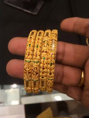 Latest 6 Piece Gold Bangles Designs