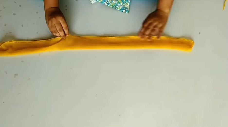 saree into high-low kurti