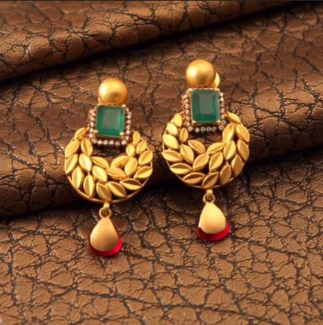 Lightweight earrings