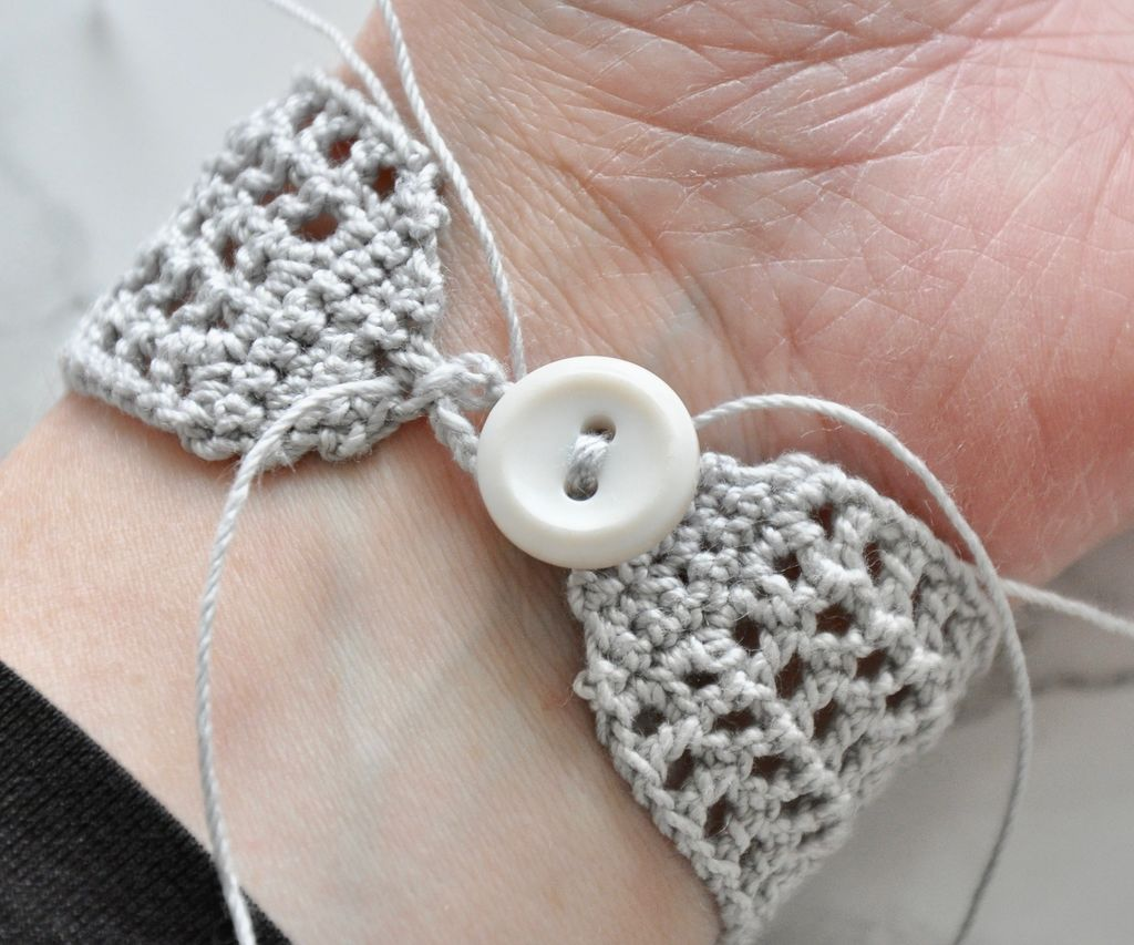 Ribbon Crochet Choker