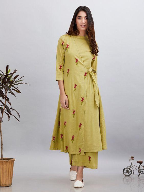 Stylish and fashionable kurti neck 6
