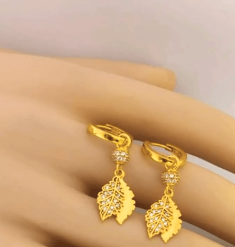 Simple & stylish Earring design