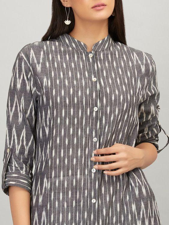 Trendy button neck