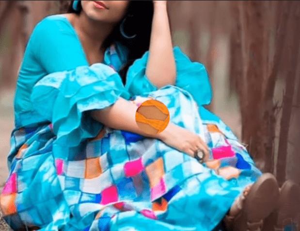 Stylish blouse sleeve