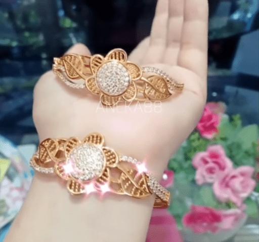 gold bangle design