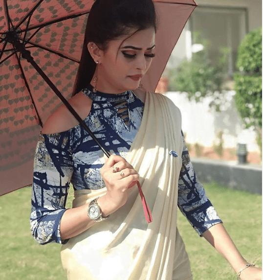 Adorable blouse design