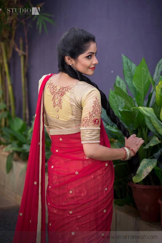 Stunning saree blouse design