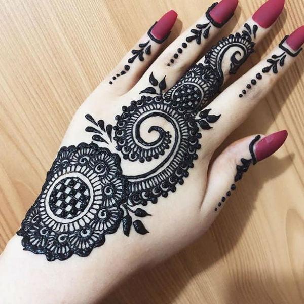 Back hand mehndi design