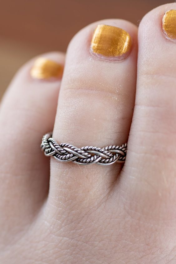 Beautiful Silver Toe Ring Design Collection